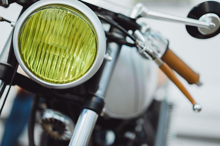 Lackschaden am Motorrad reparieren